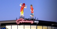 Mrs. Superdawg Files For Divorce From Mr. Superdawg, Calls Him A Self Absorbed Poser